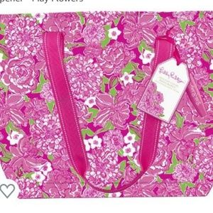 Lilly Pulitzer Cooler Tote in May Flowers